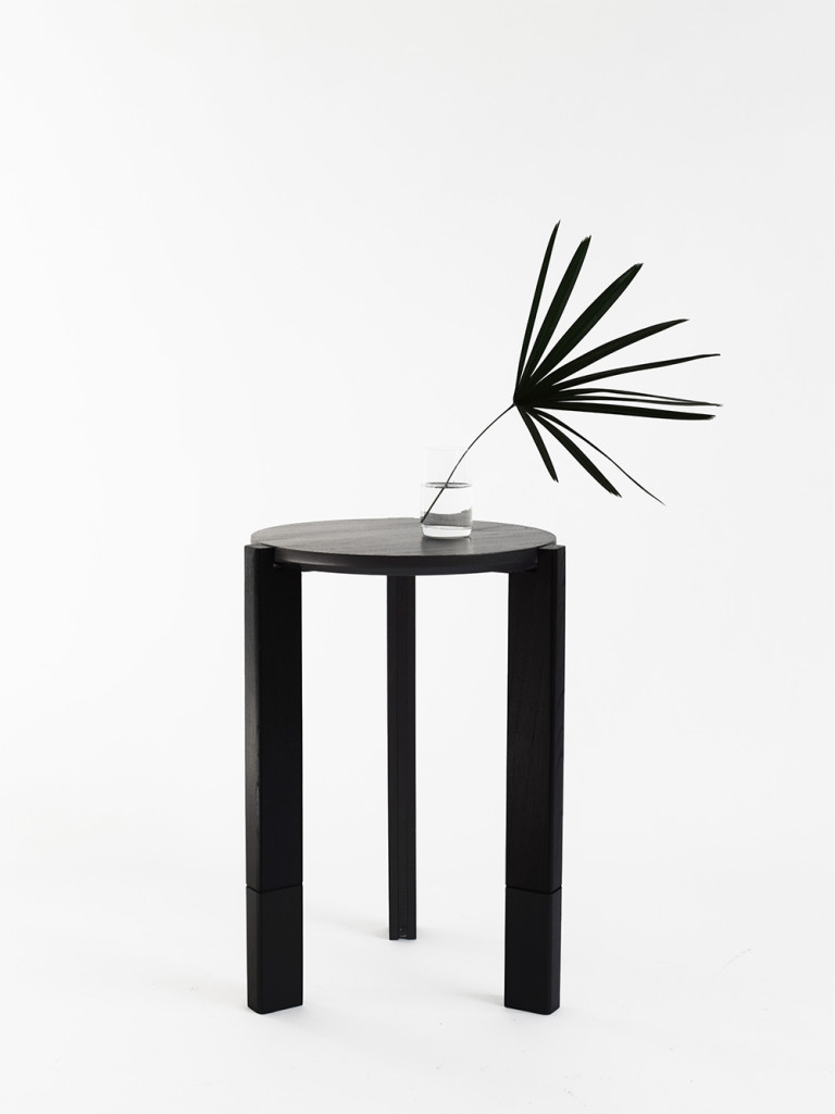 HECTÁREA - SIDE TABLE